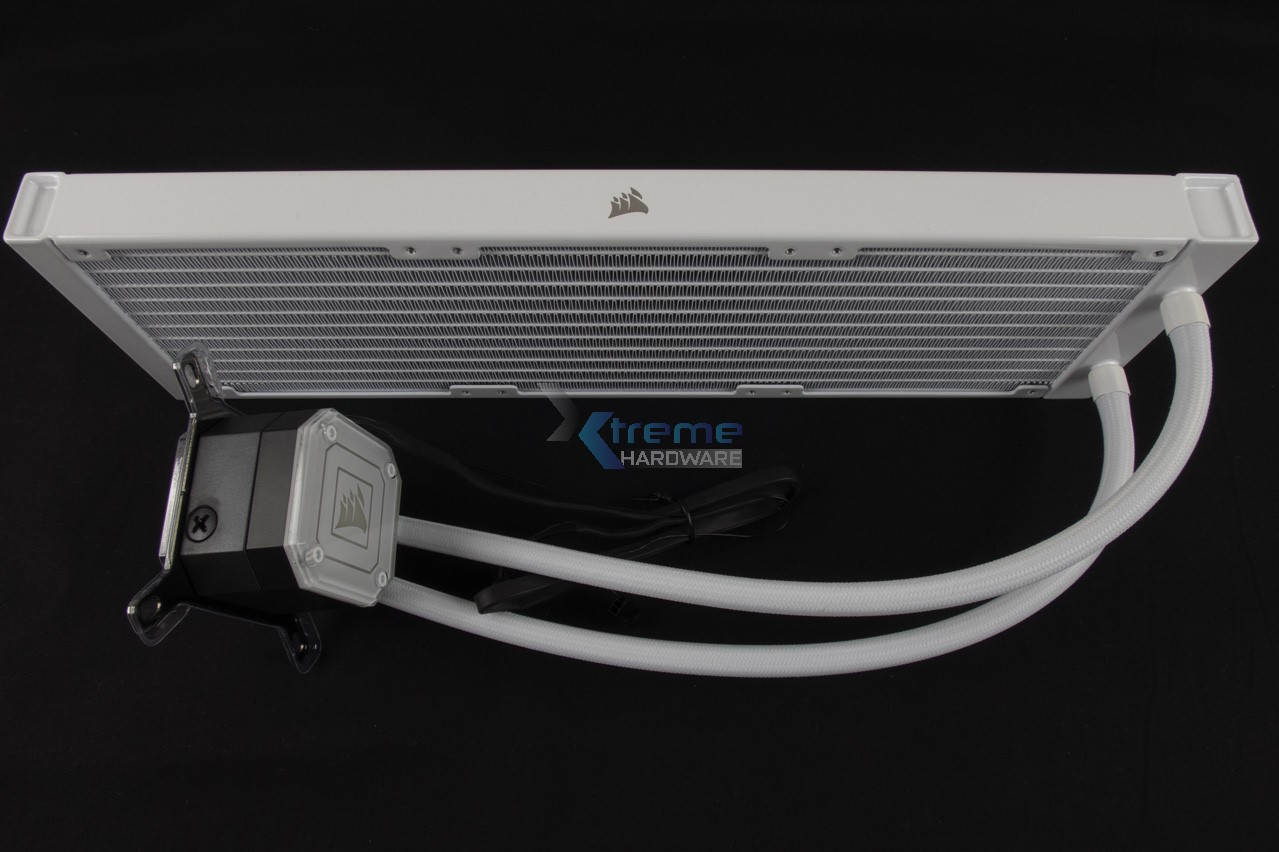 Corsair iCUE H150i Elite Capellix 8 fb8e7